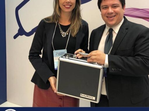 Médicos Paula Azevedo Gaiolla e Felipe